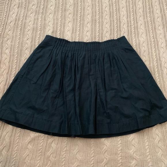 Banana Republic Dresses & Skirts - ⭐️3/$25⭐️ Banana Republic Black Pleated mini skirt